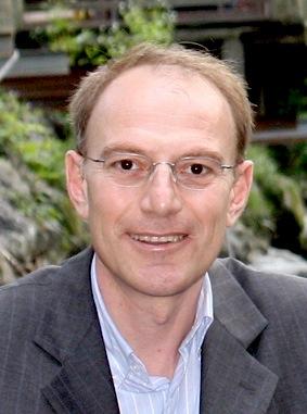 Doç. Dr. Mustafa Altun